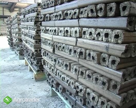 Ukraina.Drewno opalowe, kora drzewna.Cena 15 zl/m3 - zdjęcie 1
