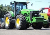 JOHN DEERE 8330 - POWERSHIFT