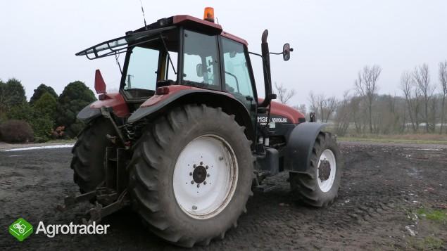 New Holland M135 - bliźniacze koła, nowy przedni TUZ - zdjęcie 7