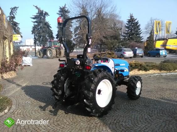 Ciągnik sadowniczy (kompaktowy) New Holland BOOMER 40 - zdjęcie 2