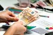 Więcej zmartwień za dług