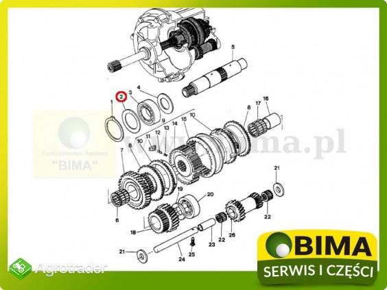 Podkładka regulacyjna 0,5mm rewersu Massey Ferguson 8130 - zdjęcie 1
