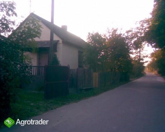 gospodarstwo rolne i budynki - zdjęcie 4